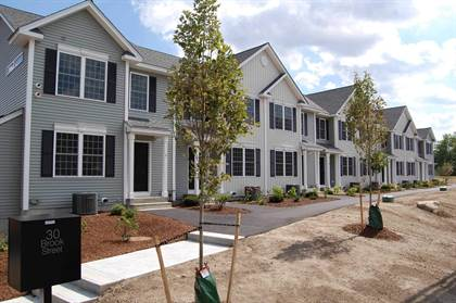 Residential Property for sale in 30 Brook Street 7, Derry, NH, 03038