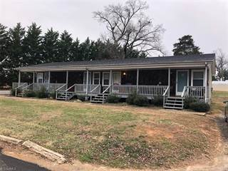 Single Family for rent in 219 Tinker Dam Avenue 2, Dobson, NC, 27017