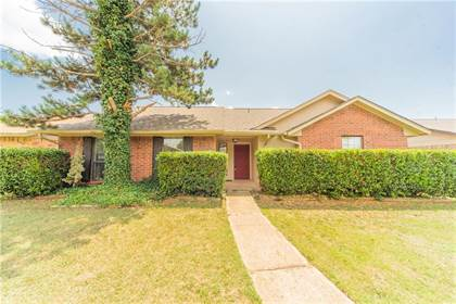 Residential for sale in 520 NW 141st Street, Oklahoma City, OK, 73013