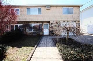 Duplex for sale in 60 Robinson Avenue, Staten Island, NY, 10312