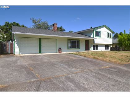 Residential Property for sale in 823 NE 199TH AVE, Portland, OR, 97230