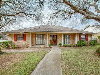 Residential for sale in 1431 Birdwood Drive, Duncanville, TX, 75137