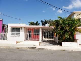 Single Family for sale in 2 TOMAS DAVILA MARTINEZ, Barceloneta, PR, 00617