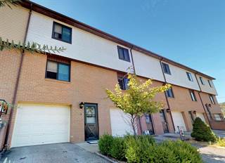 Townhouse for sale in 10 Clayton Ct., Wheeling, WV, 26003