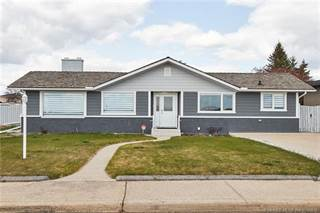 Residential Property for sale in 282 Mccutcheon Drive NW, Medicine Hat, Alberta, T1A 6X5