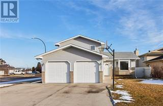 Single Family for sale in 3 Schuler Place SE, Medicine Hat, Alberta, T1B4A7