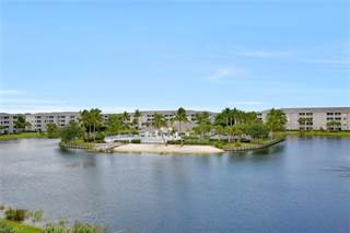 Condo for sale in 16635 Lake Circle DR 642, Fort Myers, FL, 33908