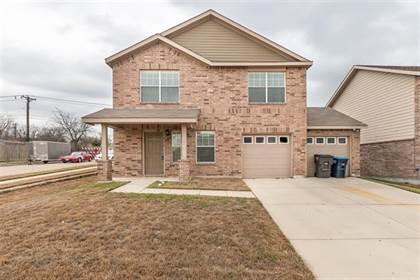 Residential for sale in 516 Crystal Springs Drive, Fort Worth, TX, 76108