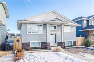 Residential Property for sale in 206 Warwick CRESCENT, Warman, Saskatchewan