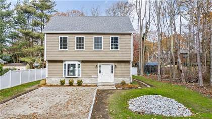 Residential Property for sale in 104 Steamboat Street, Jamestown, RI, 02835