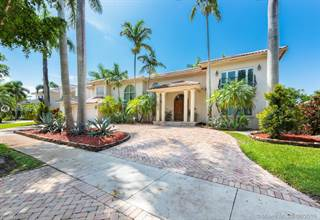 Single Family for sale in 8320 NW 157th Ter, Miami Lakes, FL, 33016