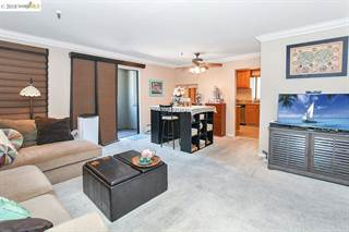 Condo for sale in 2917 Macarthur Blvd 3B, Oakland, CA, 94602