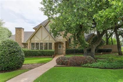 Residential for sale in 2309 Meandering Way, Arlington, TX, 76011