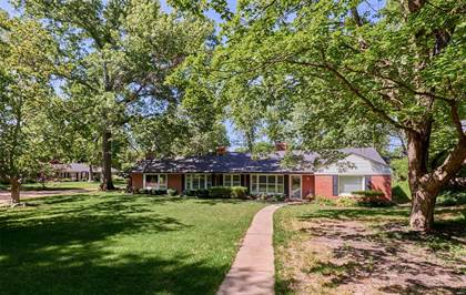 Residential Property for sale in 22 Foxboro Road, Ladue, MO, 63124