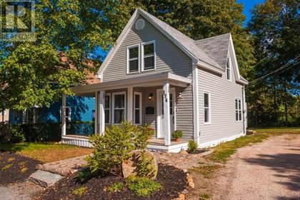 Single Family for sale in 176 YORK Street, Bridgewater, Nova Scotia, B4V1R5
