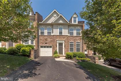 Residential Property for sale in 3121 MCLAUGHLIN COURT, Garnet Valley, PA, 19060