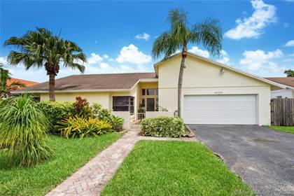 Residential Property for sale in 13821 SW 108th St, Miami, FL, 33186