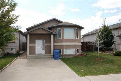 Residential Property for sale in 72 Aberdeen Road W, Lethbridge, Alberta, T1J 4Z2