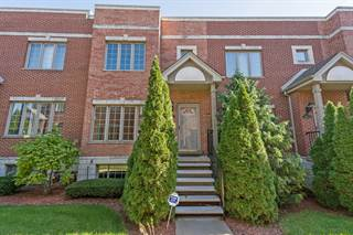 Townhouse for sale in 424 East Oakwood Boulevard 10, Chicago, IL, 60653