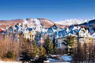 Residential Property for sale in 100 Ch. de Kandahar #218, Mont-Tremblant, Quebec, J8E1E2