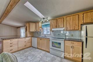 Residential Property for sale in 2400 Oakdale Way , Kamloops, British Columbia, V2B 6W7