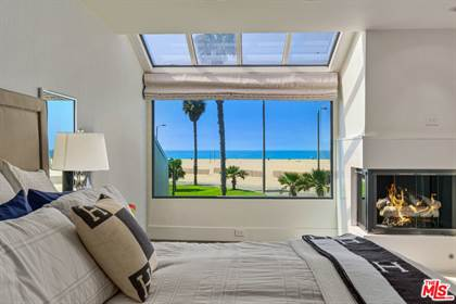 Residential Property for sale in 18 Sea Colony Dr, Santa Monica, CA, 90405