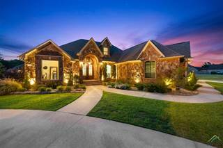 Single Family for sale in 205 Devonshire Dr., Mount Pleasant, TX, 75455