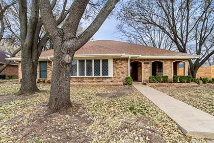 Residential for sale in 9304 Cape Royale Drive, Fort Worth, TX, 76179
