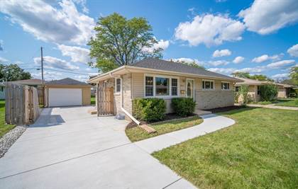 Residential Property for sale in 6475 N 85th St, Milwaukee, WI, 53224