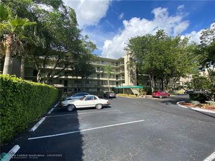 Residential Property for sale in 2209 S Cypress Bend Dr 104, Pompano Beach, FL, 33069