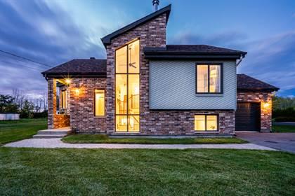 Residential Property for sale in 2268 Rue Gertrude, Carignan, Quebec, J3L4H1