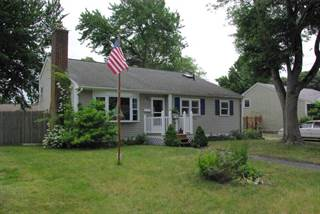 Residential Property for sale in 138 Glenbrook Road, Warwick, RI, 02889