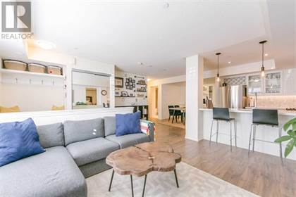 Single Family for sale in 90 EASTWOOD PARK GDNS 22, Toronto, Ontario, M8W0B2
