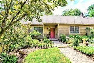 Condo for sale in 13 Donald Ross Drive, Granville, OH, 43023