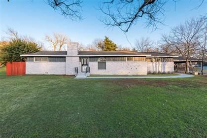 Residential for sale in 3000 N Glen Garden Drive, Fort Worth, TX, 76119