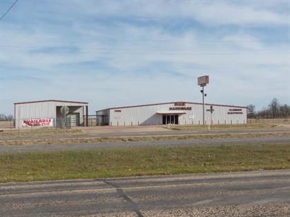 Commercial for rent in 2103 Hutchings, Ballinger, TX, 76821