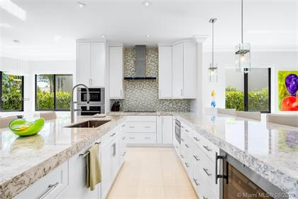 Residential Property for sale in 2735 NE 14th St 4, Fort Lauderdale, FL, 33304