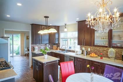 Residential for sale in 756 Hemlock ST, Kamloops, British Columbia, V2C 1C7