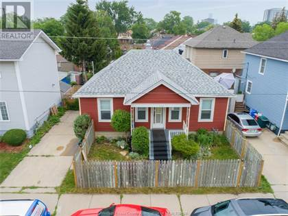 Single Family for sale in 324 GILES BOULEVARD West, Windsor, Ontario, N9A6H5