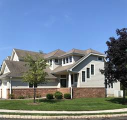 Townhouse for sale in 8 BARKMAN WAY, Chester, NJ, 07930
