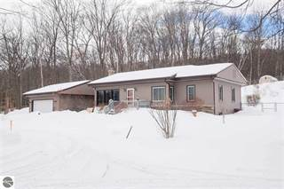 Single Family for sale in 8292 & 8270 S West Bay Shore, Greater Greilickville, MI, 49684
