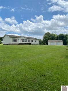 Residential Property for sale in 264 Emanuel Ln Brewers area in Marshall Co, Kirksey, KY, 42054