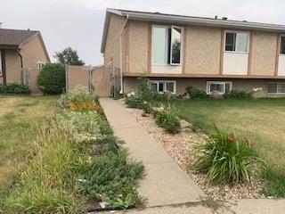 Single Family for sale in 3011 139 AV NW, Edmonton, Alberta, T5Y1M1