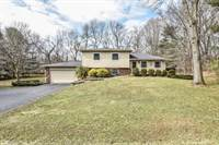 Photo of 394 Knoll Drive, Granville, OH
