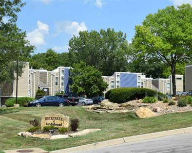 Apartment for rent in 2813 A NE Kendallwood Parkway, Gladstone, MO, 64119