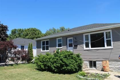 Residential Property for sale in 297 Kingscourt Avenue, Kingston, Ontario, K7K 4R2