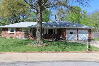 Single Family for sale in 1124 E Oakwood Ct, Derby, KS, 67037