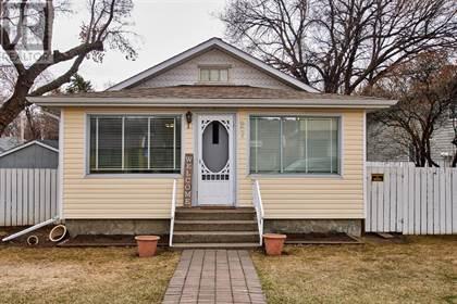 Single Family for sale in 27 3 Street NE, Medicine Hat, Alberta, T1A5L7