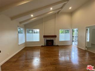 Townhouse for rent in 4825 MAYTIME Lane, Culver City, CA, 90230
