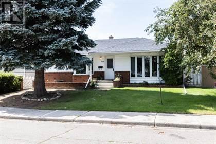 Single Family for sale in 1028 30 Street S, Lethbridge, Alberta, T1K2Y3